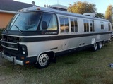 1988 Airstream 345 Gas Class A Motorhome