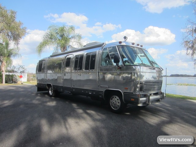Airstream classic motorhome 1991 300 le d rv for sale for Classic house 1991