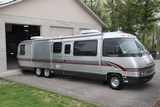 1995 Airstream Classic 36' Gas Class A Motorhome