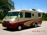 2005 Airstream Land Yacht 26' Class A Motorhome