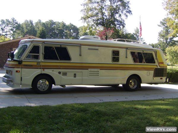 Navigation Bar: Home > Motorhomes > FMC > 1976 >2900R