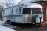 1999 Airstream Excella 1000 30' Travel Trailer