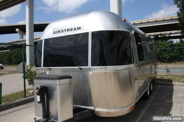 2011 Airstream Flying Cloud 23FB Trailer Model (A ...