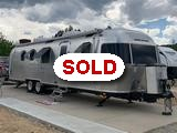 2019 Airstream Classic 33FB travel trailer