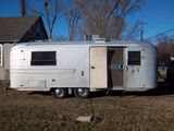 1971 Avion Voyaguer 25' Travel Trailer