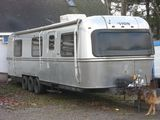 1982 Avion 34V 34' Travel Trailer