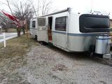 1986 Avion 34V 34' Travel Trailer