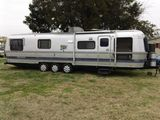 1989 Avion 34X 34' Travel Trailer