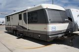 1993 Avion 34Y 34' Travel Trailer
