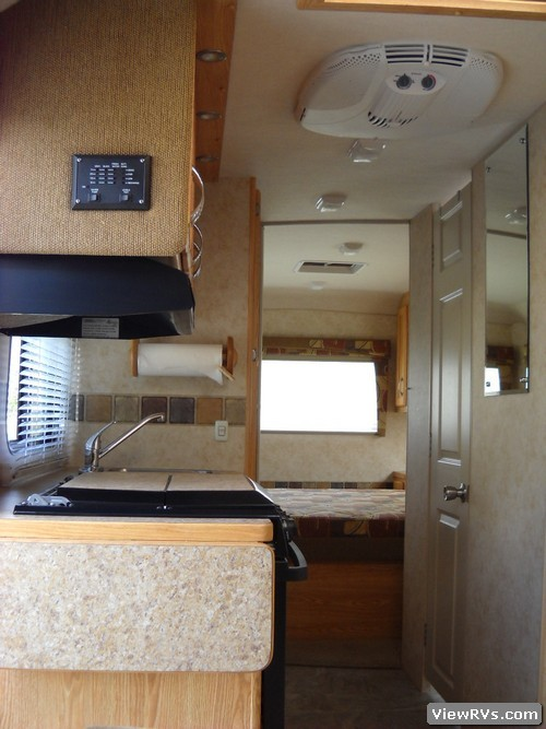 Viewrvs Com 2008 Bigfoot 25b25rq 25 Travel Trailer A