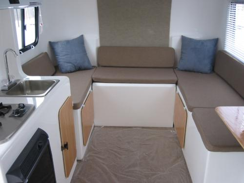 Used Egg Campers For Sale http://www.viewrvs.com/travel-trailer/eggcamper/2007/2007_eggcamper_a.php