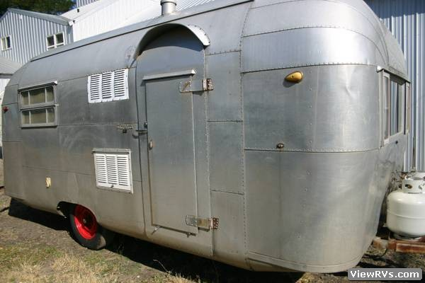1955 Silver Streak 19 Travel Trailer B