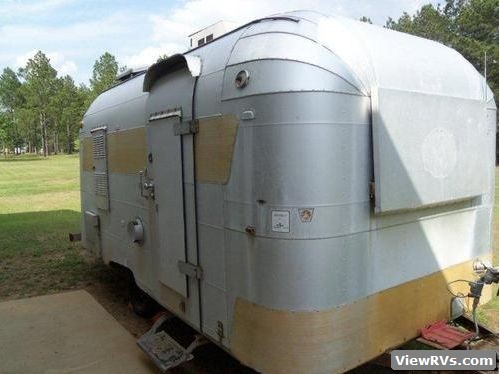 ViewRVs 1964 Silver Streak Sabre 17 Travel Trailer A