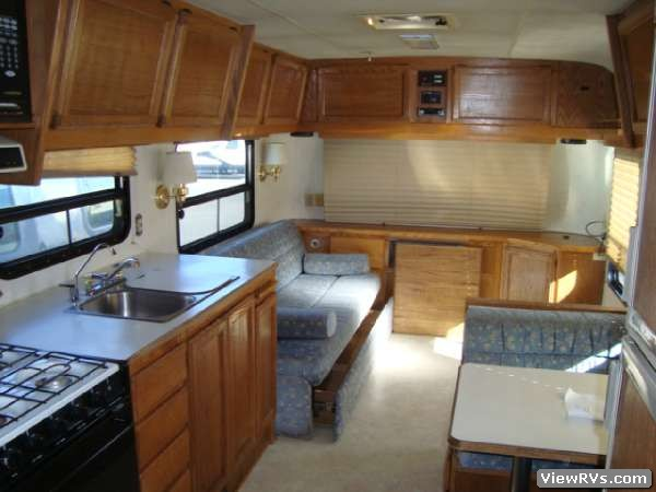 1995 Silver Streak M32 32 Travel Trailer A